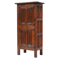 Art and Crafts Oak Cabinet c1900