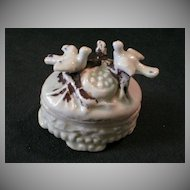 Victorian Fairings Ring Box w/Birds and Nest Figural Lid