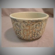 """7 Cup Red Wing Pottery """"Spatter Ware"""" Bowl"""
