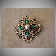 """""""Art"""" or """"Mode-Art"""" Classic Style Brooch Of Gold-Tone w/Faux Pearls & Colored Cabochons"""