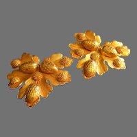 """""""Dominique Aurientis"""" Sculptures Gold-Tone Oak Leaf w/Acorns Clip Earrings"""