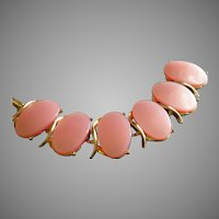Vintage Thermoset Plastic Pink Oval Cabochon & Gold-Tone Link Bracelet