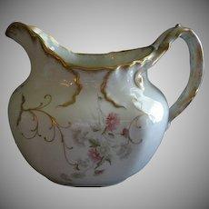 Syracuse Imperial Geddo Milk/Water Pitcher w/Transfer Daisy Floral Motif