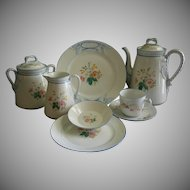 1880's Charles Haviland Limoges 'Wild Flowers' 30-Piece Luncheon/Dessert Set