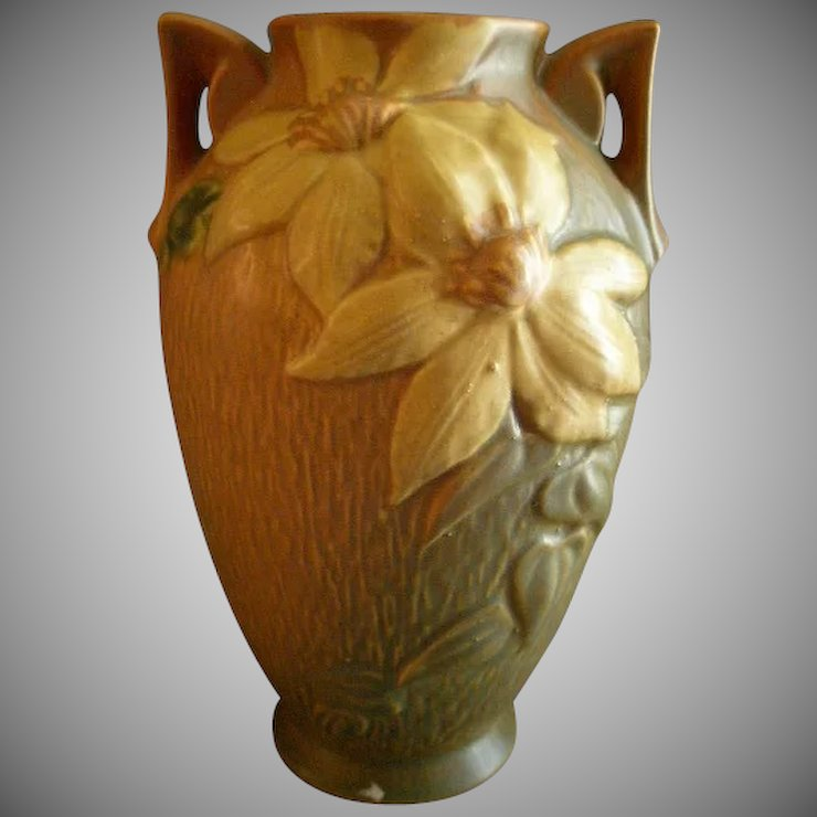 Roseville Pottery Clematis Vase Whandles 110 9 Brys Antiques