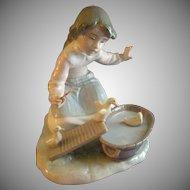 "Lladro ""It's Your Turn"" Porcelain Sculpture #5959"