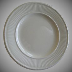 Josiah Wedgwood & Sons 'Edme' Pattern Set of 4 Bread & Butter Plates