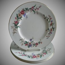 "Set of 4 Wedgwood ""Devon Sprays"" Pattern Dinner Plates"