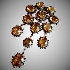 Leo Glass Company Colored Crystal Dangle-Design Brooch
