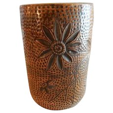 "Red Wing Union Stoneware Brushware ""Daisy"" Floral Design Vase"
