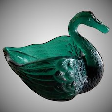 "Vintage Fenton Glass Company Emerald Green ""Open Swan Salt"""