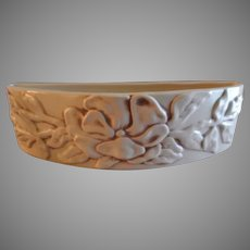 """Red Wing Pottery """"Magnolia"""" Pattern - Bow Front Planter #1234"""
