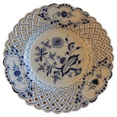"Meissen ""Blue Onion"" Pattern Plate w/Reticulated Lattice Border"