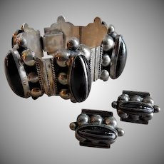 Mexican Mid Century Sterling Silver & Onyx Link Bracelet & Screw-back Earrings