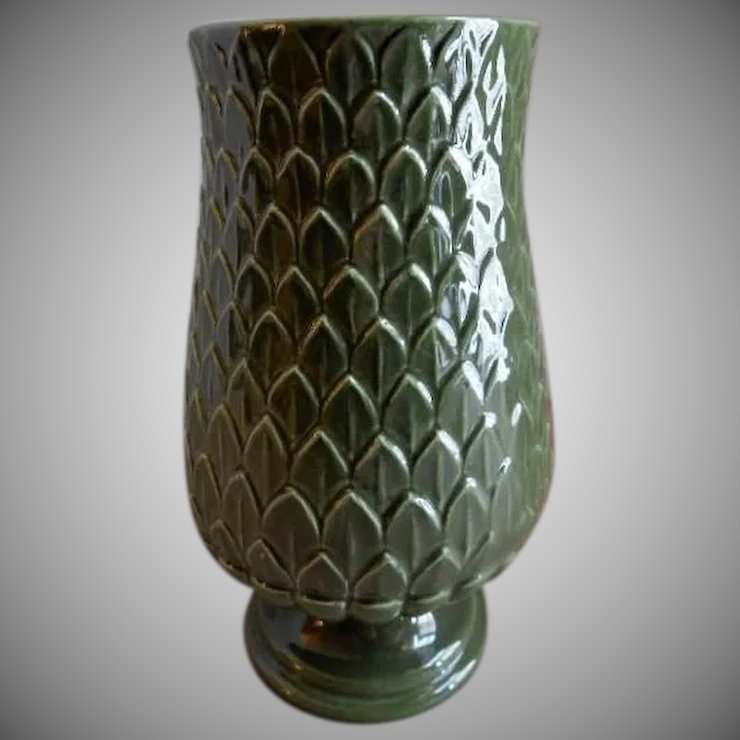 Red Wing Pottery Mid Century Embossed Artichoke Vase M 1442