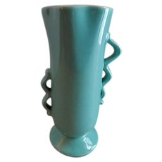 """Red Wing Pottery Mid-Century """"Modern"""" Vase - 1352"""
