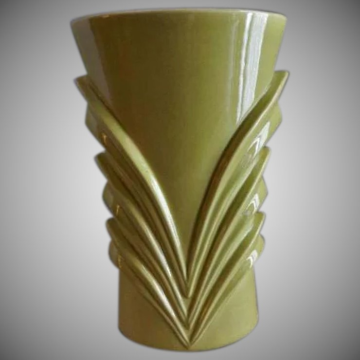 Red Wing Mid Century Embossed Modern Vase M 1461 Brys Antiques