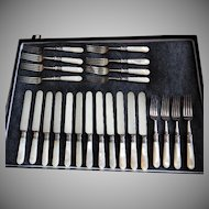 1834 J. Russell & Co. - Set of 12 Pearl Handed Knives & Forks
