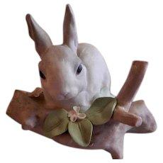 "Lladro ""Rabbit Eating"" Porcelain Sculpture #4773"