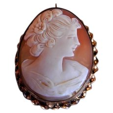 """Victorian Era Shell Cameo """"Lady's Profile"""" Brooch/Pendant w/Gold Filled Mounting"""