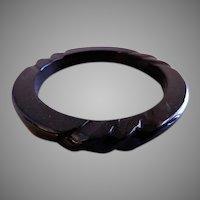 Vintage 1930-1940 Black Bakelite Carved Bangle Bracelet