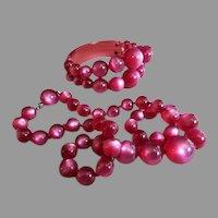 Vintage Magenta Lucite Beaded Necklace and Bracelet Set