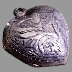 "Vintage Sterling Silver Etched ""Heart"" Pendant/Charm Locket"