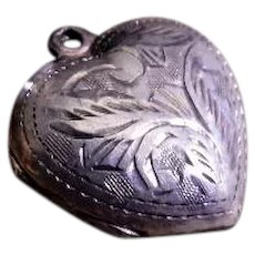"Vintage Sterling Silver Etched ""Heart"" Pendant/Charm Locket"