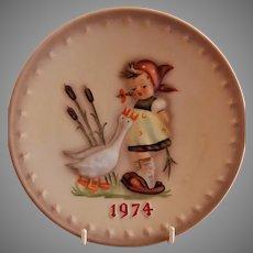 Goebel Hummel 1974 Annual Plate - Goose Girl