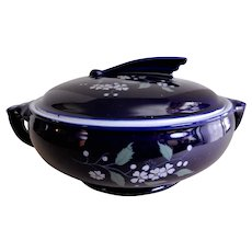 "Hall ""Blue Garden Sundial"" Covered Casserole #2068"