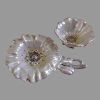 "Royal Bayreuth Figural Pearlized ""Poppy"" Tea Strainer w/Holder"