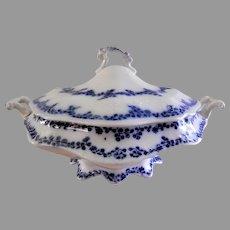 "William Grindley & Co Flow Blue ""Aldine"" Pattern Round Covered Tureen"