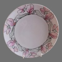 """Arts & Crafts - Germany - Hand Painted """"Sweet Pea"""" Floral Motif Cabinet Plate"""