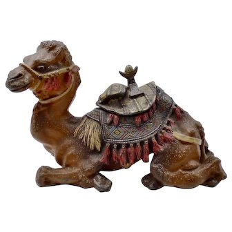 Antique Judd cold painted CAMEL INKWELL