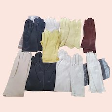 Ladies set of 9 pair of Vintage  thin leather gloves-Yellow, Black, Brown and Off White