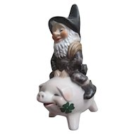 Vintage Goebel CHUCK Leprechaun Gnome Elf Riding Pig #17 559 19~W Germany 1986