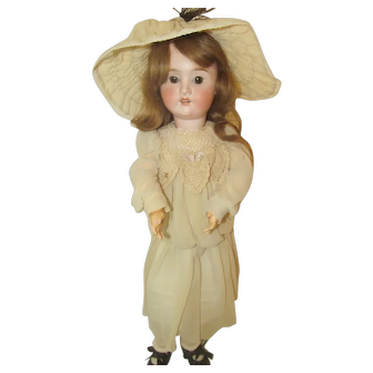 """Pretty Face Bisque Head Vintage Germany Doll 25""""~Vieweg & Knauer Marked Body"""