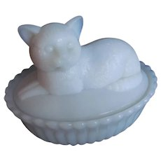 Milk Glass Cat on Nest Vintage Westmoreland Glass Covered Dish