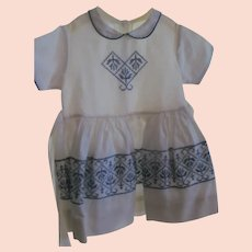 Vintage 50s Toddler Girl Dress~White Cotton Blue Embroidery~Attached Petticoat~size 3