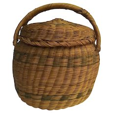 Vintage hand woven sweet grass basket with lid