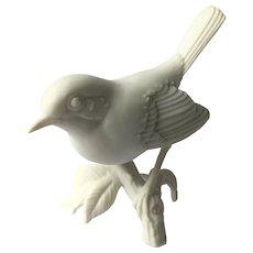 Kaiser Figurine Bird White Bisque #467