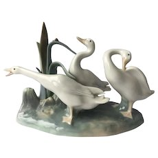 Lladro #4549 Geese Large Porcelain Figurine