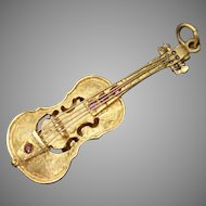 Beautiful Vintage Genuine Rubies Accent Textured Amazing 3D Detailed Violin Solid 14K Yellow Gold Charm / Pendant