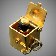 Vintage Collectible Black Onyx Pop Up Jack in The Box Solid 14K Yellow Gold Charm // Pendant