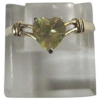 14K Yellow Gold Peridot Heart Ring Size 11