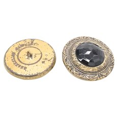 Metal and Onyx buttons