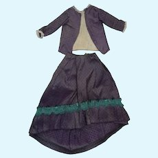 Antique beautiful outfit XIXth entirely in silk for fashion doll size 4