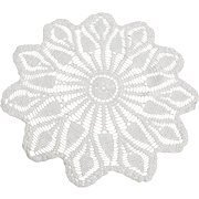 Vintage Large White Hand Crocheted Pineapple Pattern Doily