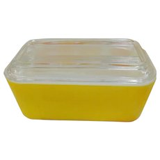 Vintage Pyrex Primary Yellow 502  Refrigerator Dish with Lid