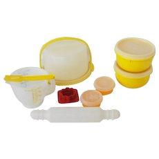 Vintage Tupperware Toys Mini Mix It Set 1979